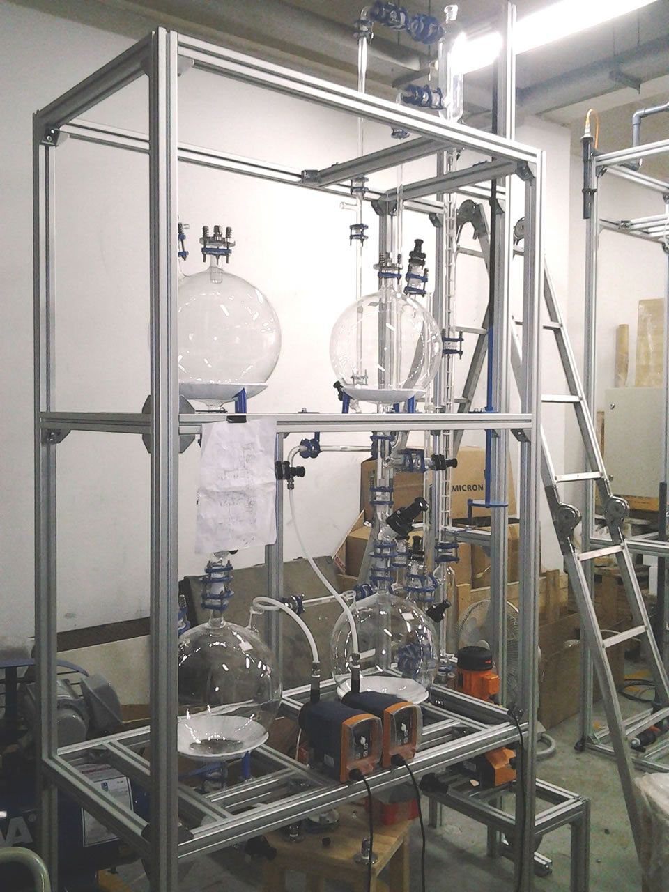 Liquid Liquid Extraction System